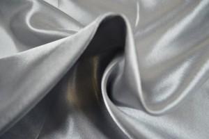Satijn 25 zilver grijs